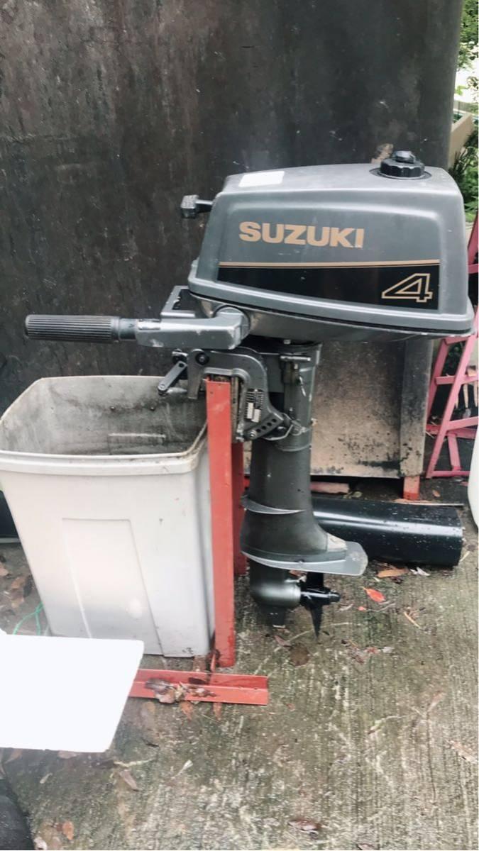 スズキ DT4 ボートエンジン(SUZUKI)