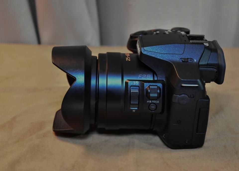 Panasonic パナソニック デジタルカメラ DMC-FZ300 4K ブラック 元箱・取説・すべて付属 美品・完動品_画像5