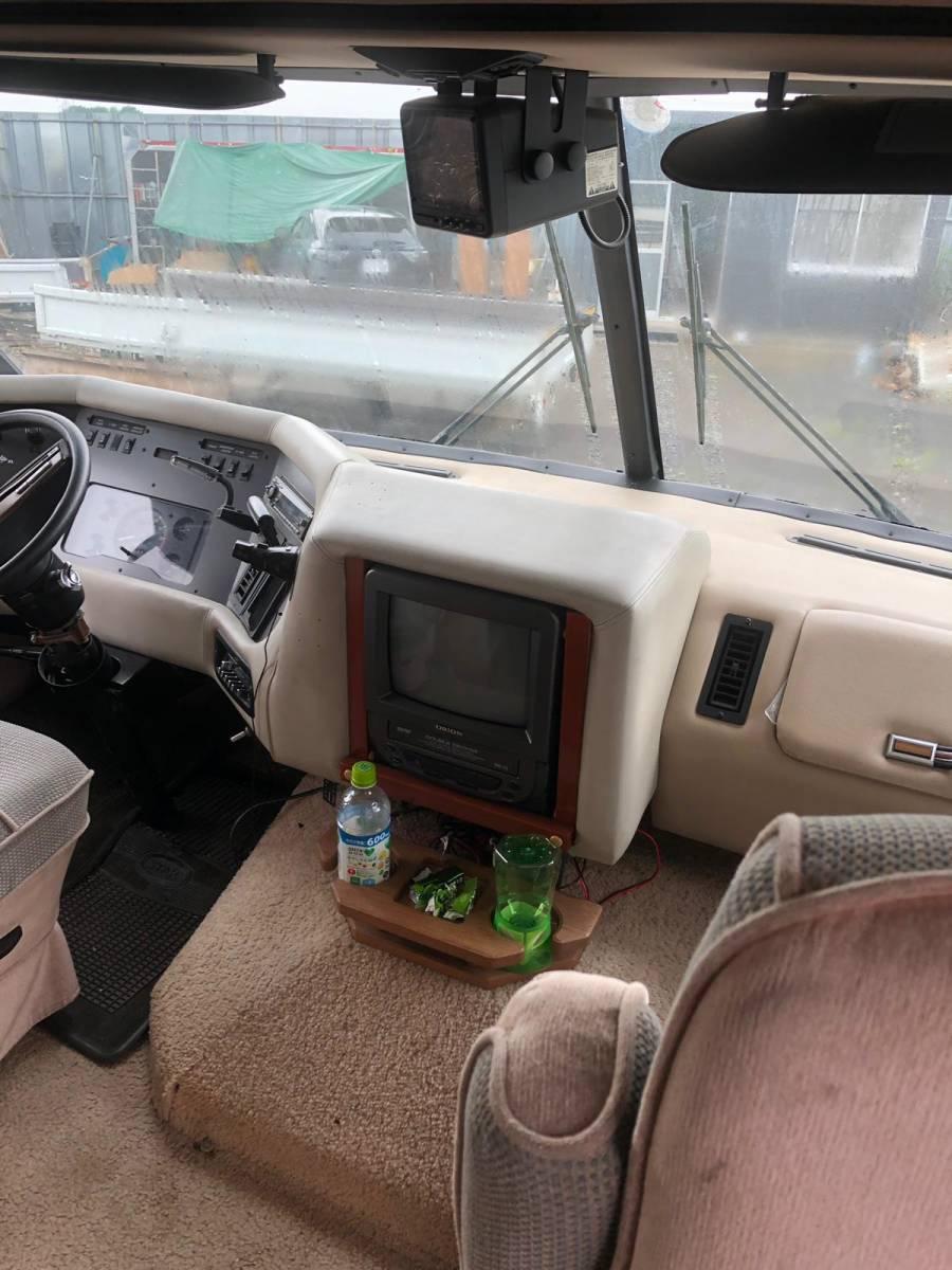 人気のフォードALUMA LITE XLのキャンピング車 91y 7600cc 小山市_画像2