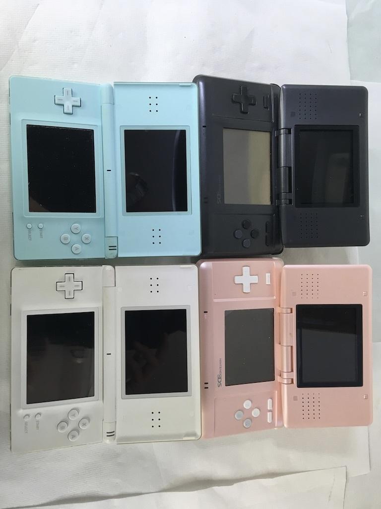 任天堂 NINTENDO DS大量セット 充電器付き DS Lite マリオ テトリス 桃鉄 シムシティ 3DS オメガルビー ソフト カセット _画像2