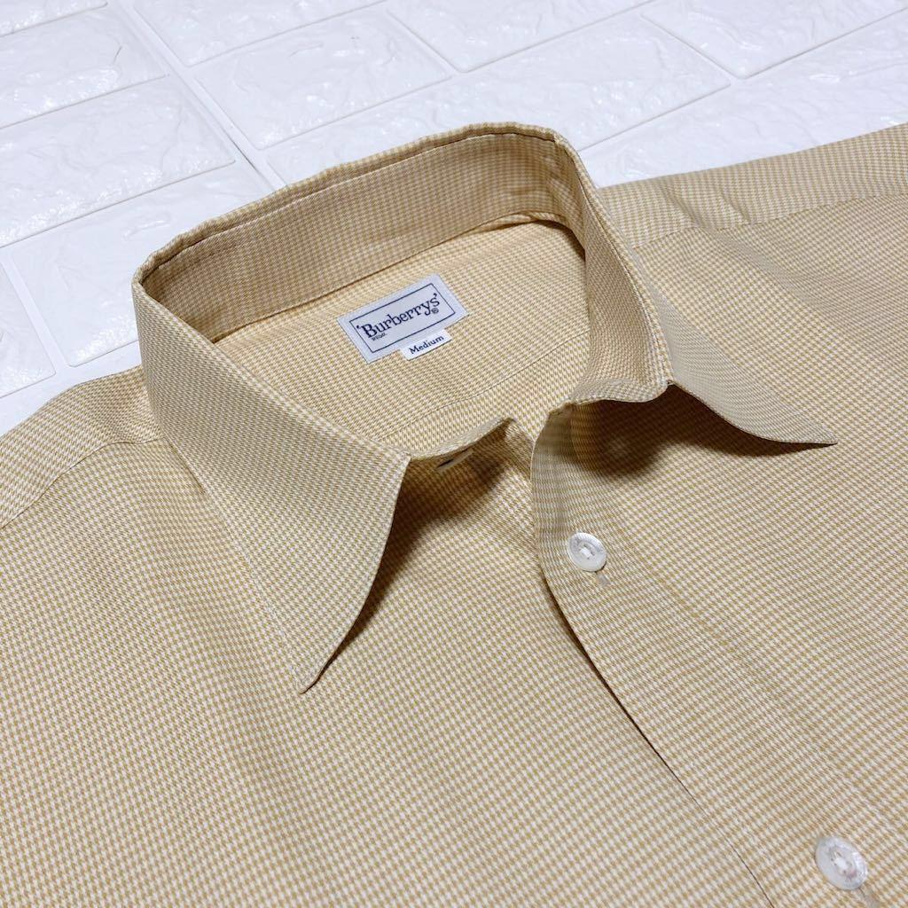 バーバリーの長袖ワイシャツ