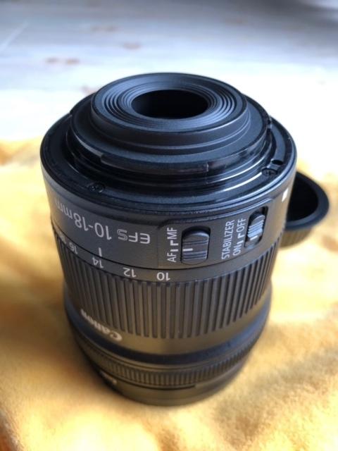 Canon キャノン EF-S 10-18mm F4.5-5.6 IS STM 中古品_画像2