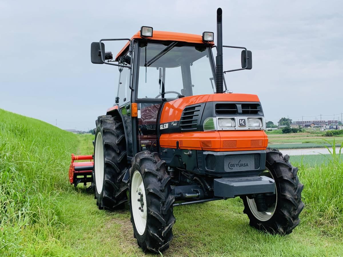 クボタGL530スーパーグランデル53馬力 エアコンキャビン付き 中古 トラクターです。