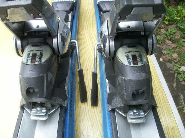 152 FISCHERフィッシャー AMC700 スキー 一応ジャンクで おまけあり_画像8