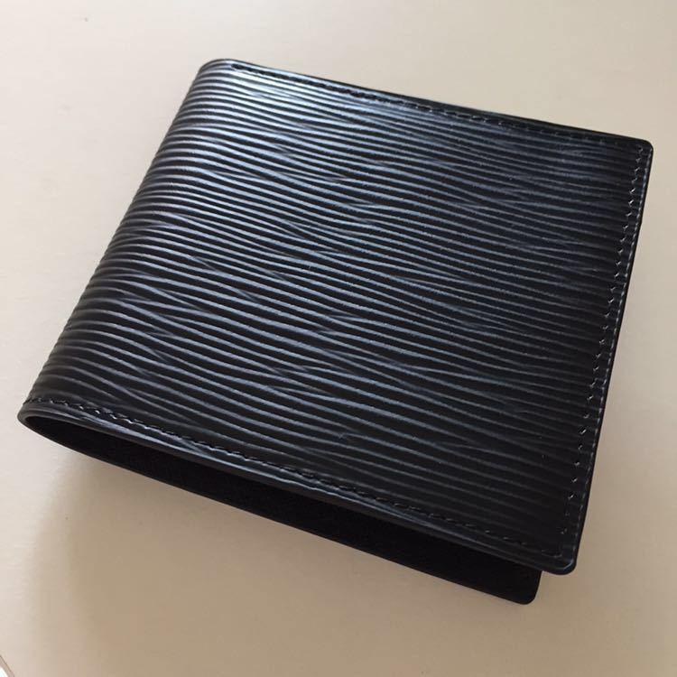 新品 限定商品 ドイツタンナーの本革 牛革 二つ折り財布 小銭入れ ルノワール、コンパクト、超人気財布!