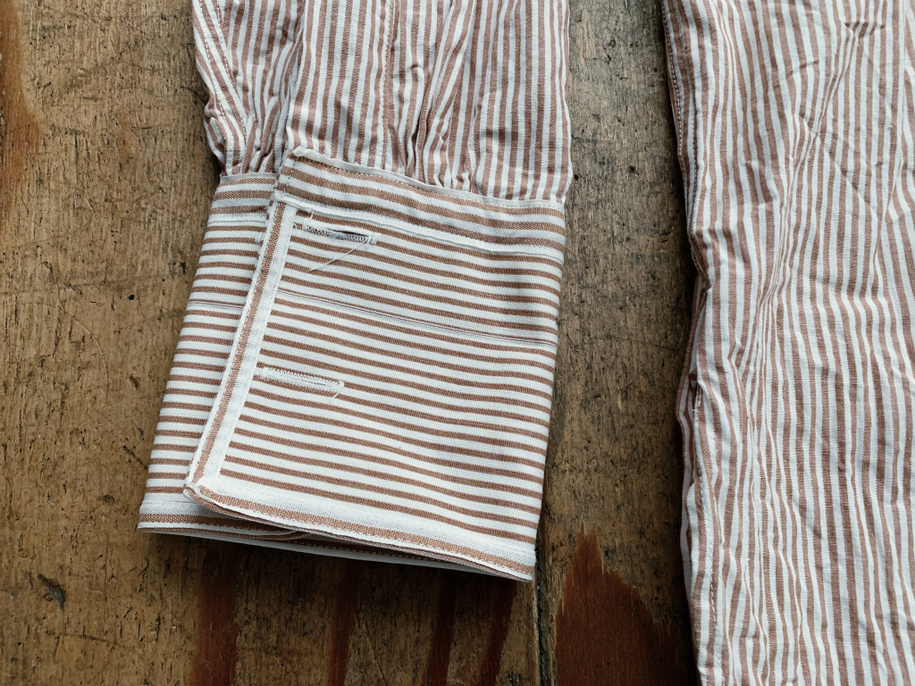 【40's50'sイギリスVAN HEUSENストライプノーカラーシャツ ブラウン×白】ヴィンテージドレスシャツロングシャツスモックシャツ英国製_画像6