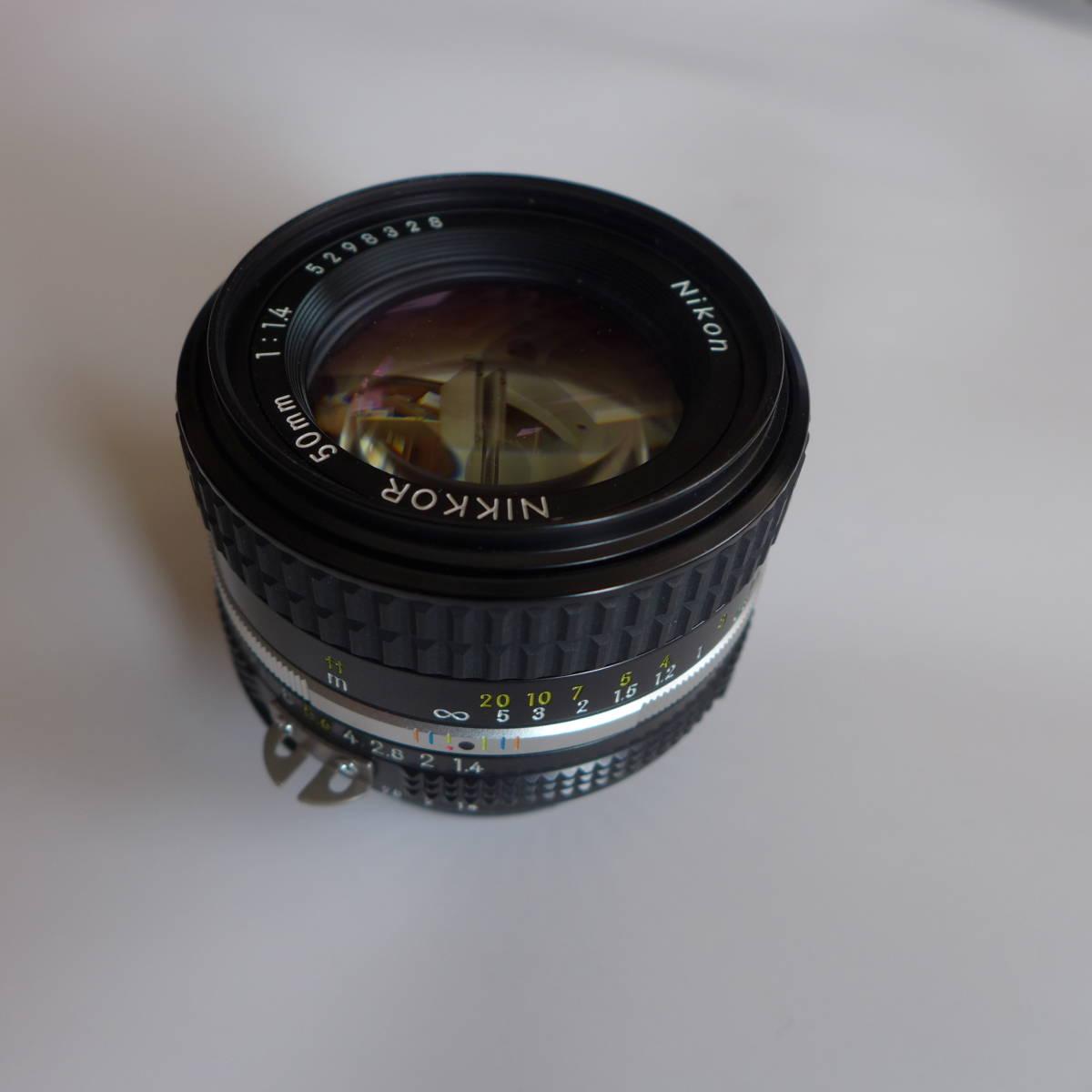 ニコン Nikon Ai NIKKOR 50mm 1:1.4S 標準レンズ 美品 Nikon製 52mm保護フイルター付き 送料無料_画像2