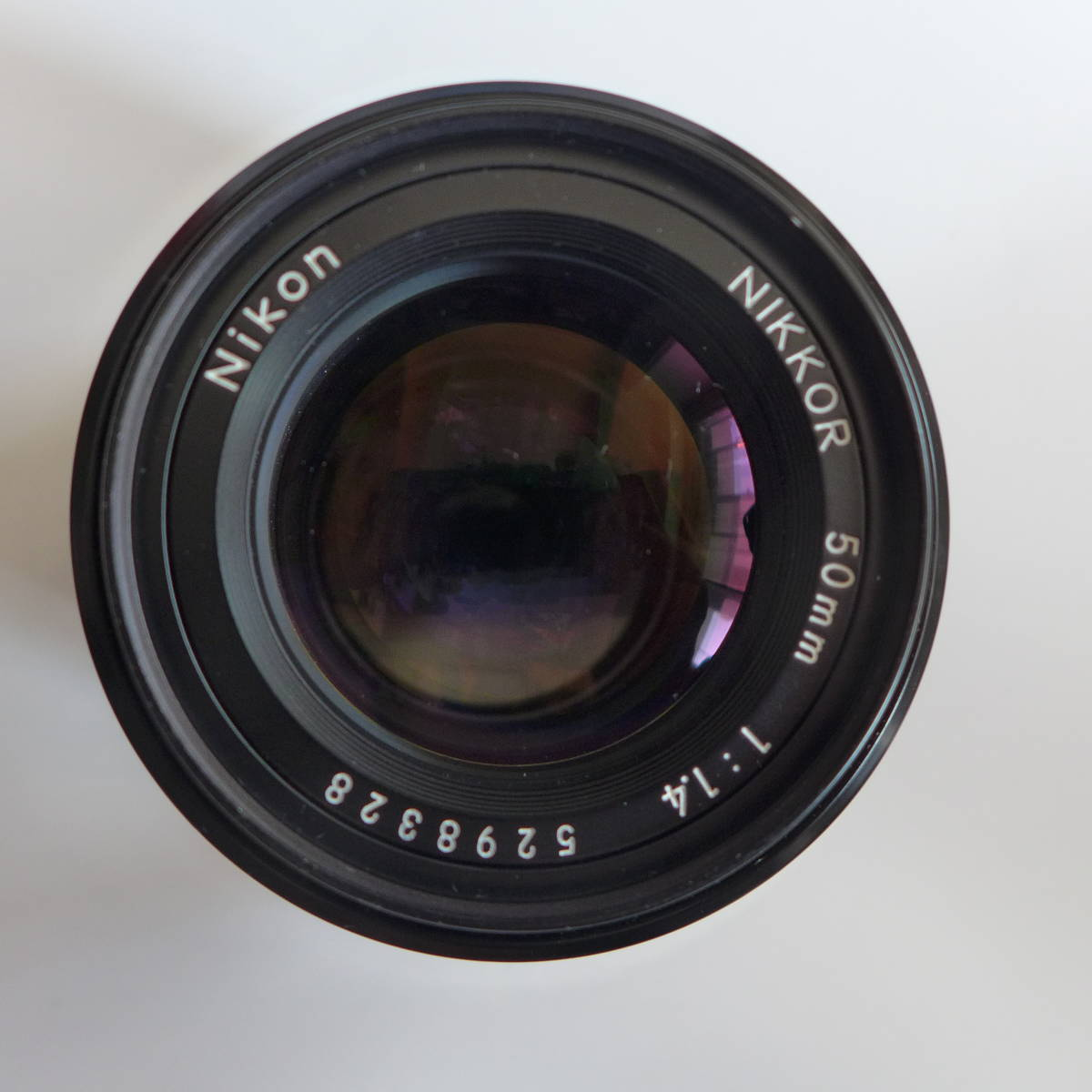ニコン Nikon Ai NIKKOR 50mm 1:1.4S 標準レンズ 美品 Nikon製 52mm保護フイルター付き 送料無料_画像3