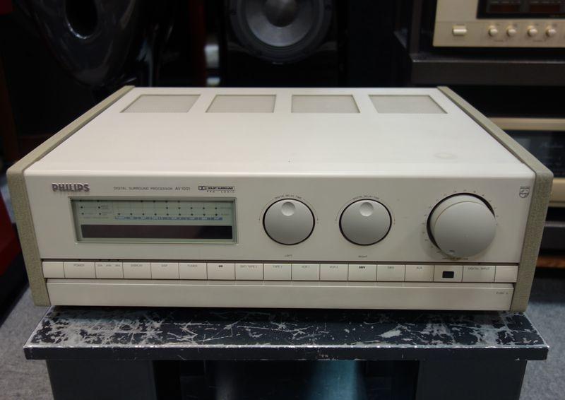 デジタルサラウンドプロセッサー PHILIPS フィリップス AV1001 DAC搭載