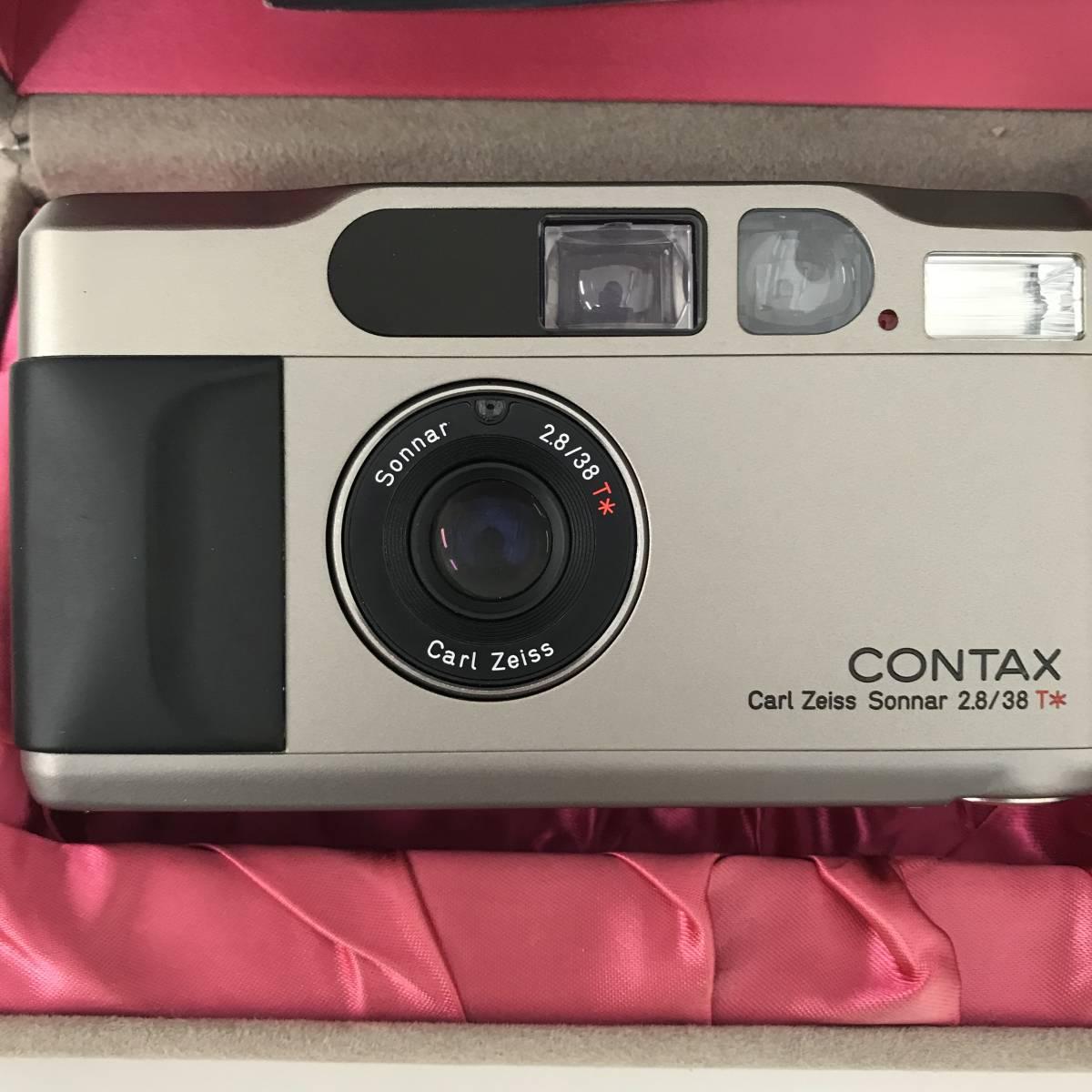 ★美品★ コンタックス CONTAX T2 Sonnar 38mm F2.8 T* コンパクトフィルムカメラ 取扱説明書 元箱 ケース ストラップ付_画像2