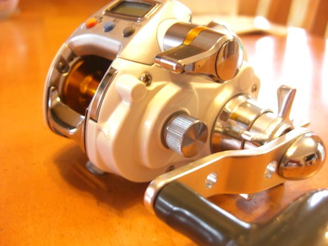 ☆ダイワ☆ レオブリッツ(LEOBRITZ)DAIWA 150 小型電動リール・箱・電源コード・説明書☆_画像5