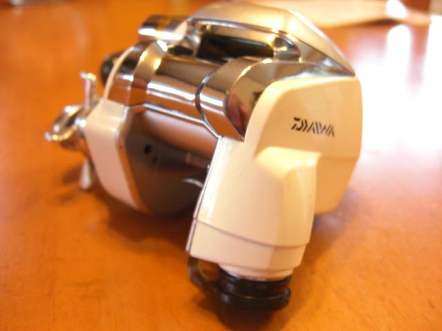☆ダイワ☆ レオブリッツ(LEOBRITZ)DAIWA 150 小型電動リール・箱・電源コード・説明書☆_画像6