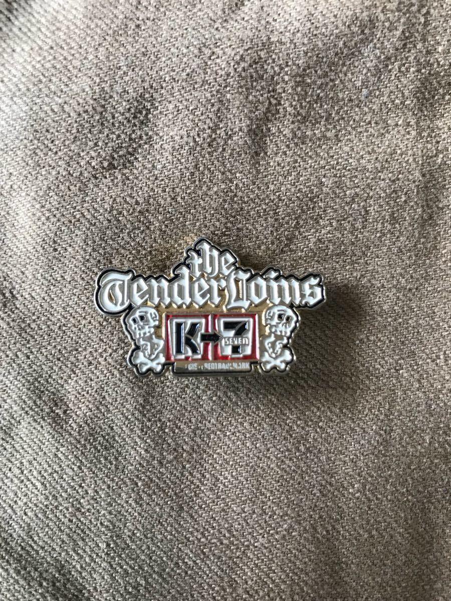 テンダーロイン ピンバッチ ゴールド TENDERLOIN Kseven Tee Riders 5点セット _画像2