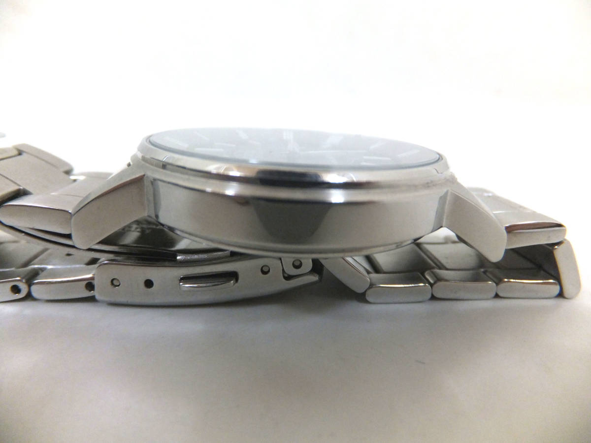 8473 美品 CITIZEN シチズン Eco-Drive エコドライブ H415-S054541腕時計 電波時計 シルバー×ネイビーブルー_画像4