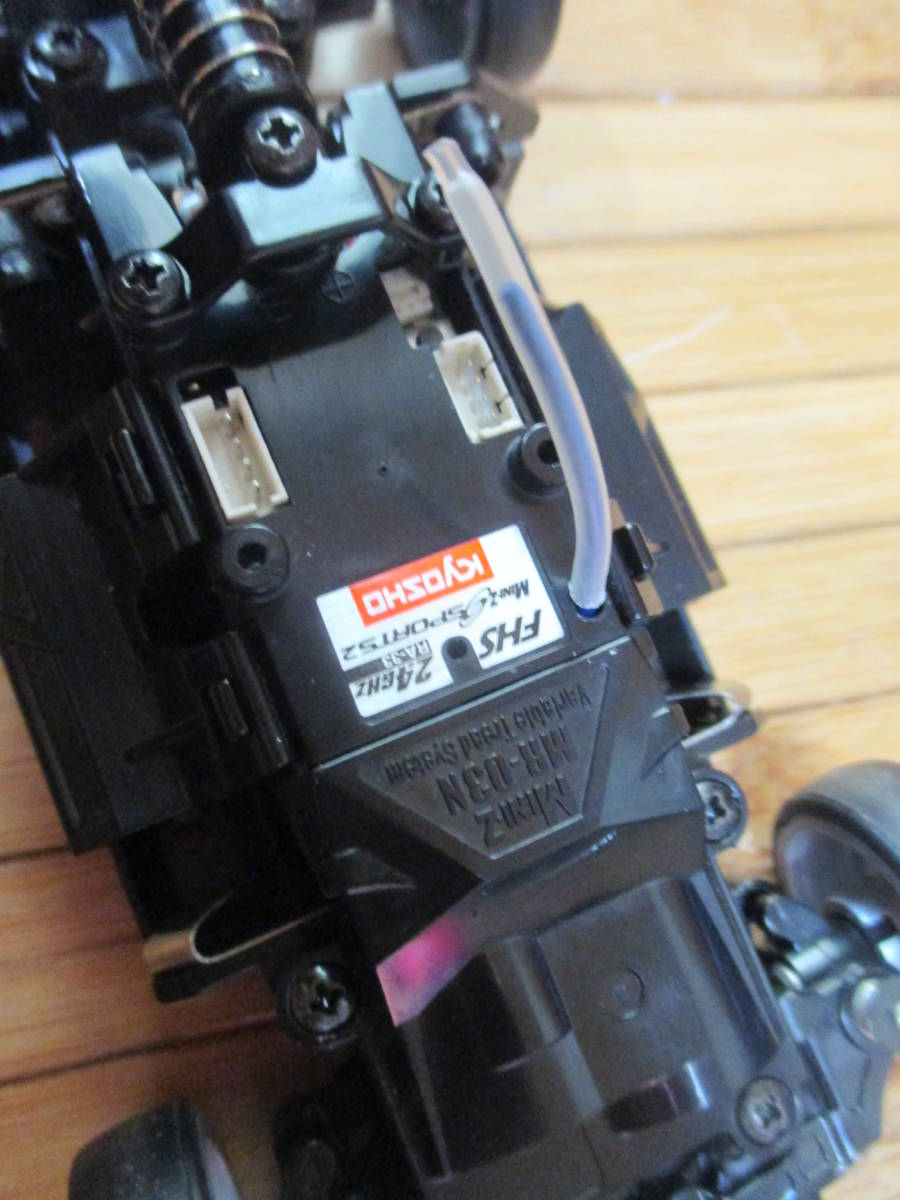 美品! KYOSHO 京商 MINIZ SPORTS2 ミニッツ スポーツ2 MR-03+ワイルドスピード S2000ボディ(未走行ボディ)_画像8