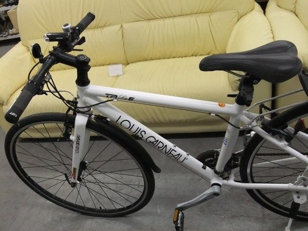 【LOUIS GARNEAU】ルイガノ LGS-TR LITE E 2011年 クロスバイク ホワイト/現状品 ☆格安9800円スタート☆_画像3