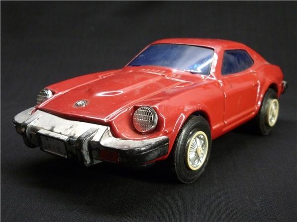 ▽Ba77▼昭和レトロ ブリキ製 日産 フェアレディZ ミニカー NISSAN ゼット スポーツカー ジャンク 赤 車 玩具