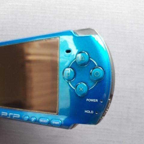 1円スタート! 美品! PSP-3000 ブルー バッテリー 充電器付き_画像4