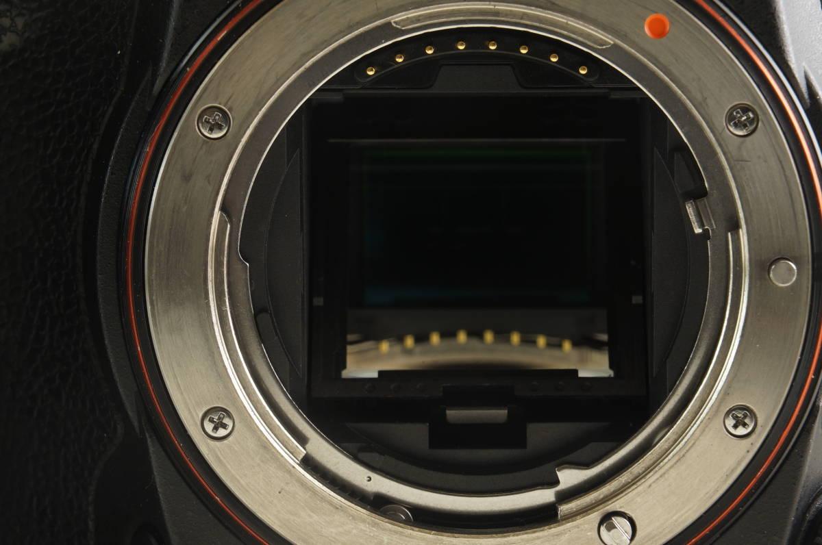 中古 SONY ソニー α77 II ILCA-77M2 ボディ デジタル 一眼レフ カメラ_画像3