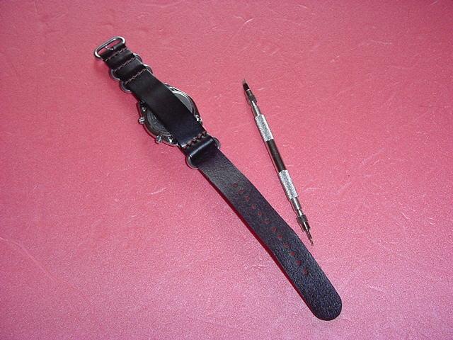 必要充分な機能を備えた CASIO OVW-100BJ 腕時計 ①_画像3