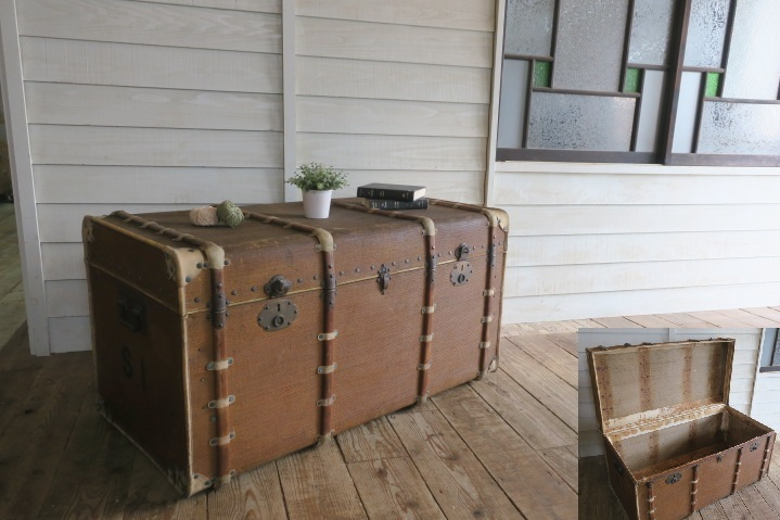 希少1200x630x630特大♪素敵な装飾♪古い船舶 アンティーク トランク☆テーブル 収納 BOX ケース 旅行鞄 ケビント 箱 飾り台 展示台 什器