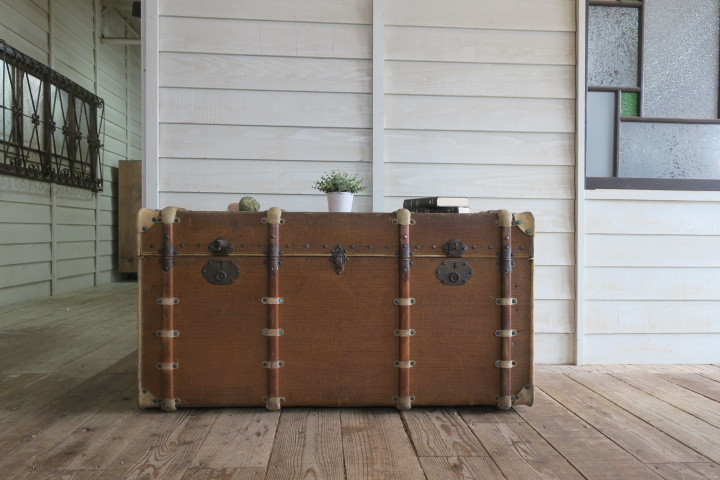 希少1200x630x630特大♪素敵な装飾♪古い船舶 アンティーク トランク☆テーブル 収納 BOX ケース 旅行鞄 ケビント 箱 飾り台 展示台 什器_画像6