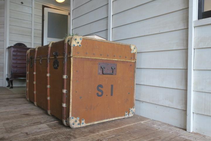 希少1200x630x630特大♪素敵な装飾♪古い船舶 アンティーク トランク☆テーブル 収納 BOX ケース 旅行鞄 ケビント 箱 飾り台 展示台 什器_画像7