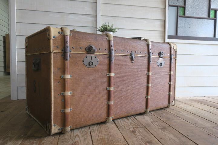 希少1200x630x630特大♪素敵な装飾♪古い船舶 アンティーク トランク☆テーブル 収納 BOX ケース 旅行鞄 ケビント 箱 飾り台 展示台 什器_画像4