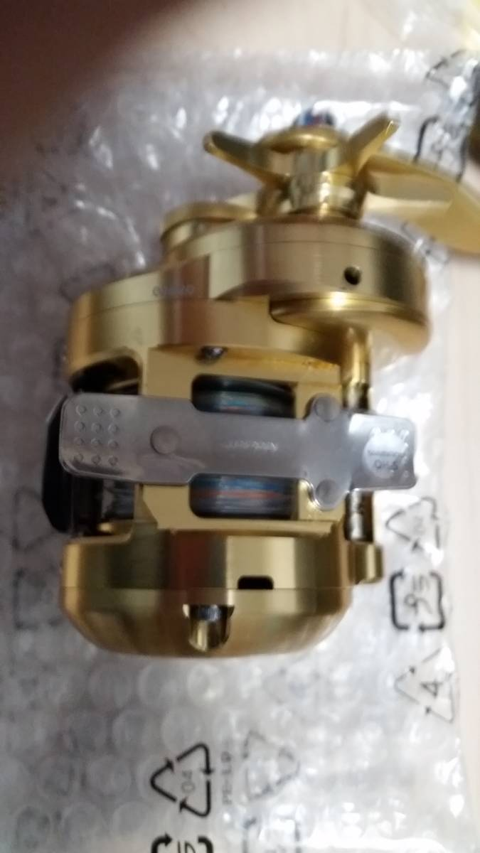 美品、送料無料 使用2回 18 オシアコンクエストCT 300HG (右)_画像8