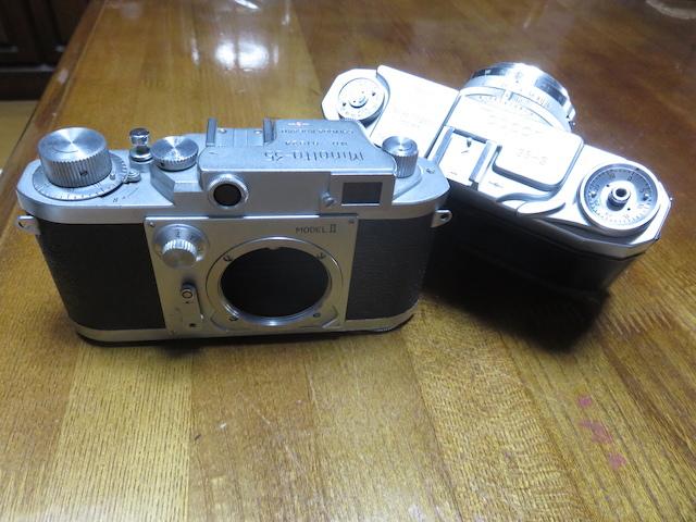部屋のインテリアにどうでしょうか。トプコン35S、ミノルタ35 全てレンジファインダーカメラの紹介でございます。 _画像6