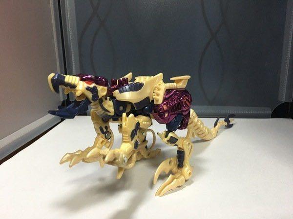 メタルスダイノボット