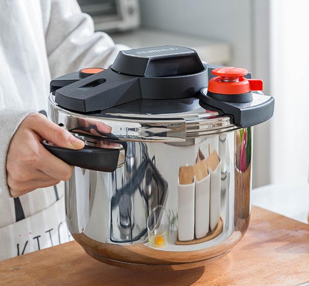 圧力鍋 ステンレス製 プレッシャークッカー 電気圧力鍋万能調理器 直径24cm 蒸し器付き 調理器具 家庭用