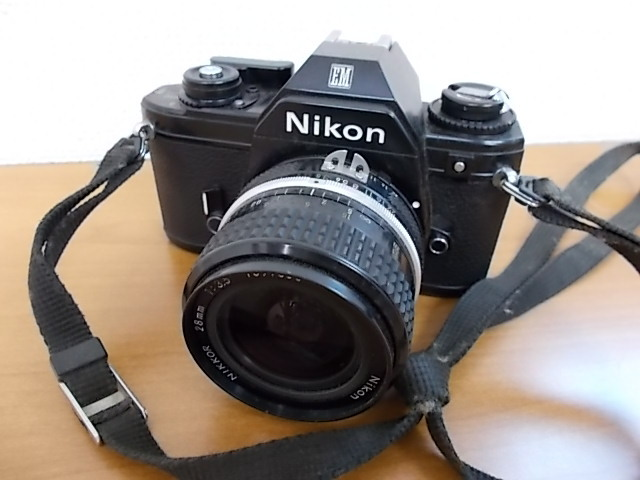 ニコン NIKON EM NIKKOR 28mm 1:3.5 動作未確認