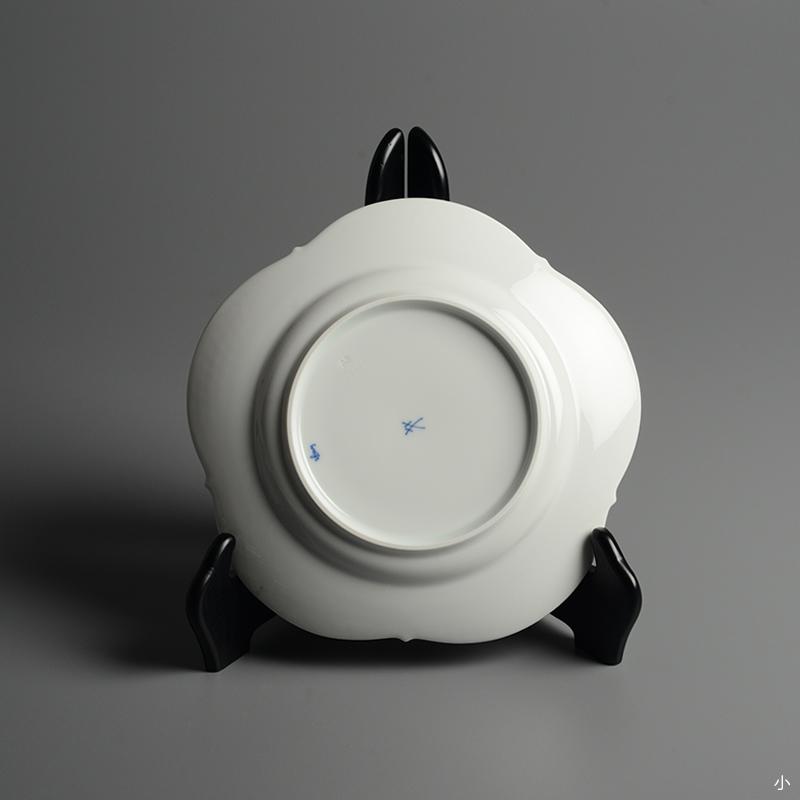 皿/プレート Meissen/マイセン Limoges/リモージュ ホワイトレリーフ 計5点(2種)まとめて 白 ルードヴィッヒ・ツェプナー ヴィンテージ_画像4