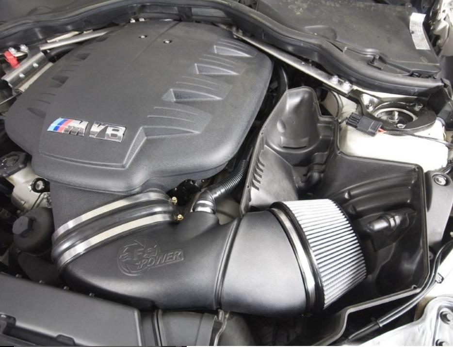 (^o^)/BMW M3 E90/E92 Afe エアーインテーク stageII ドライ 新品★_画像4