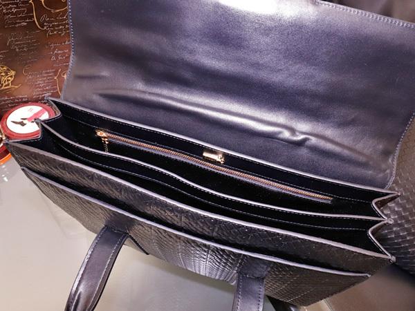 超美品 ジリー 最高級エンボスドレザーWコンパートメントメンズ書類ビジネスバッグ 黒 ブラック 仕事鞄 ブリーフケース ZILLI 本物 正規_画像7