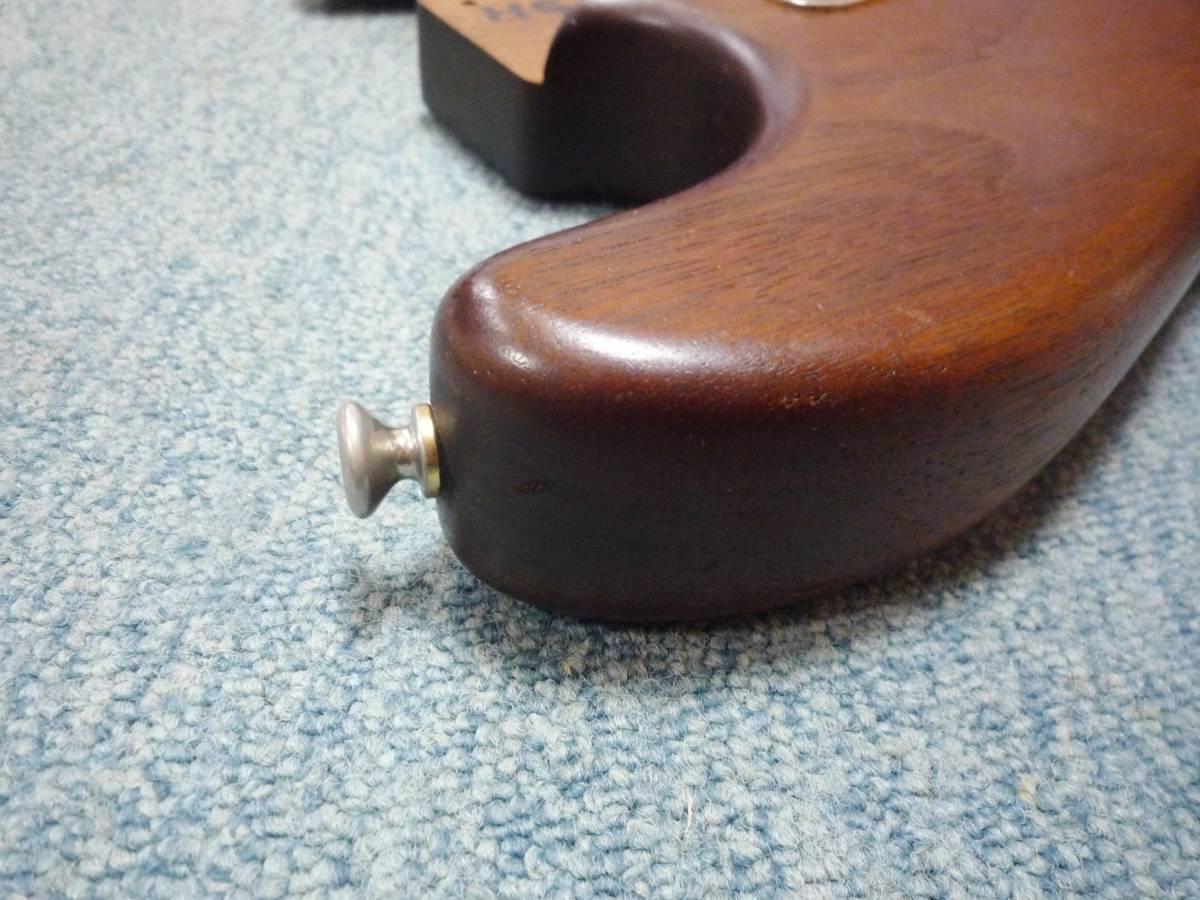 1980年代製 MOON Walnut 2PC Stratocaster Style Body ムーン ウォルナット材 2ピース ストラト スタイル ボディ ブラスピックガード PGM_画像9