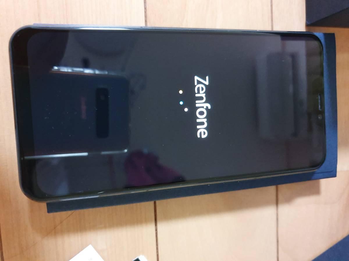 中古ASUS ZenFone 5Z 6.2インチ / SIMフリースマートフォン/シャイニーブラック (6GB/128GB/3,300mAh) ZS620KL-BK128S6/A _画像3