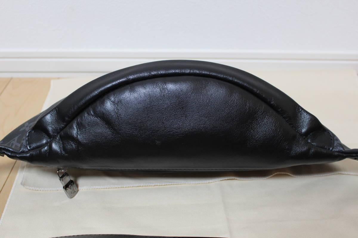 M44336 ルイ ヴィトン モノグラム エクリプス ディスカバリー バムバッグ ボディバッグ バックパック リュック ショルダーバッグ 美品 本物_画像3