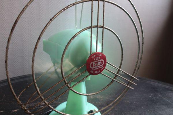 イタリア アンティーク 古い扇風機 bjm プラスチック製 グリーン 実働 220V_画像10