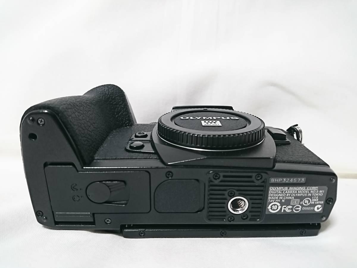 美品!おまけ多数!OLYMPUS OM-D E-M1 12-40mm F2.8 PRO レンズキット OLYMPUS デジタル一眼レフ_画像5