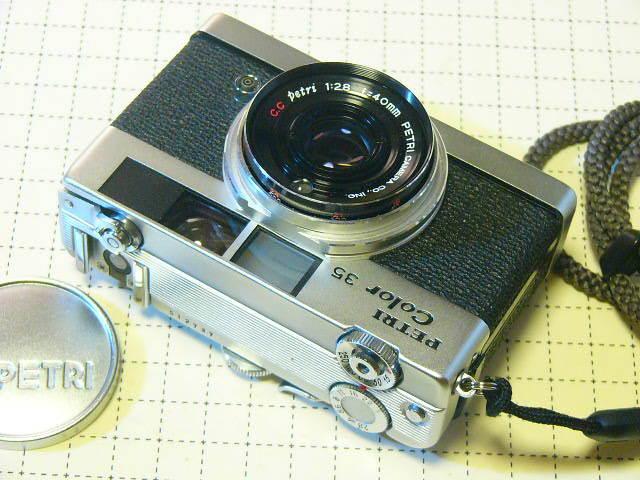 希少 PETRI ペトリ Petri Color 35 Custom C.C Petri 1:2.8/40mm (実動作・極美品) 沈胴式・露出計稼働/ジャンク扱い