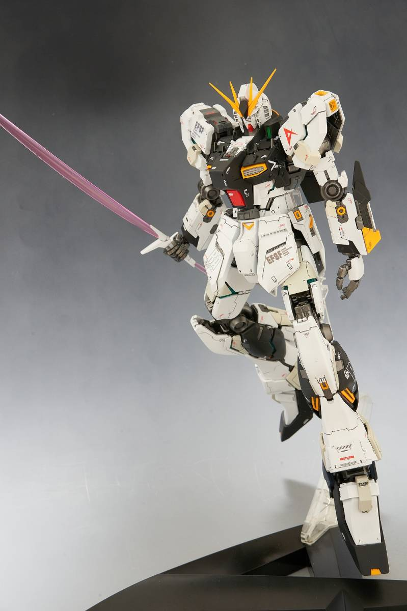 MG 1/100 RX-93 vガンダム Ver.Ka 改修塗装済み完成品_画像9