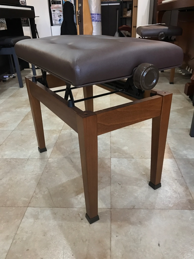ピアノ KAWAI製 高低自在ピアノ椅子 木目 新品展示処分品 新品です!!_画像6