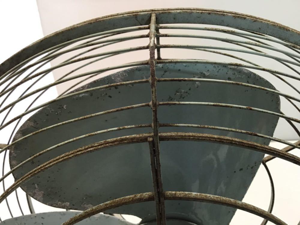 ●レトロ● ナショナル 扇風機 鉄製 3枚羽根 松下電器 アンティーク 古い インテリア 中古 古民家_画像7