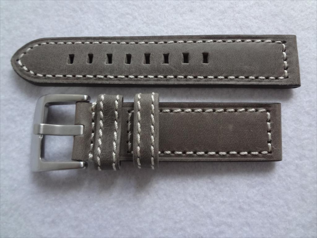 腕時計レザーバンド 22mm ずっしり艶消し尾錠 ベルト 灰色 灰 グレイ/白ステッチ バンド厚み:約4mm-5mm_画像1