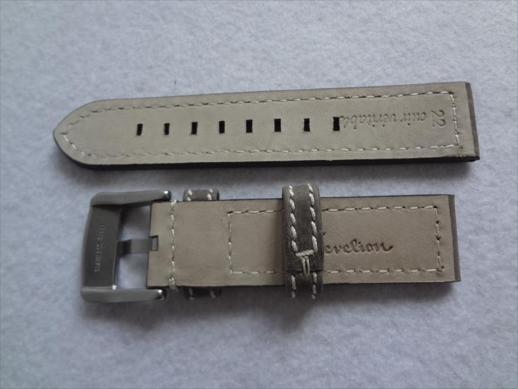 腕時計レザーバンド 22mm ずっしり艶消し尾錠 ベルト 灰色 灰 グレイ/白ステッチ バンド厚み:約4mm-5mm_画像2
