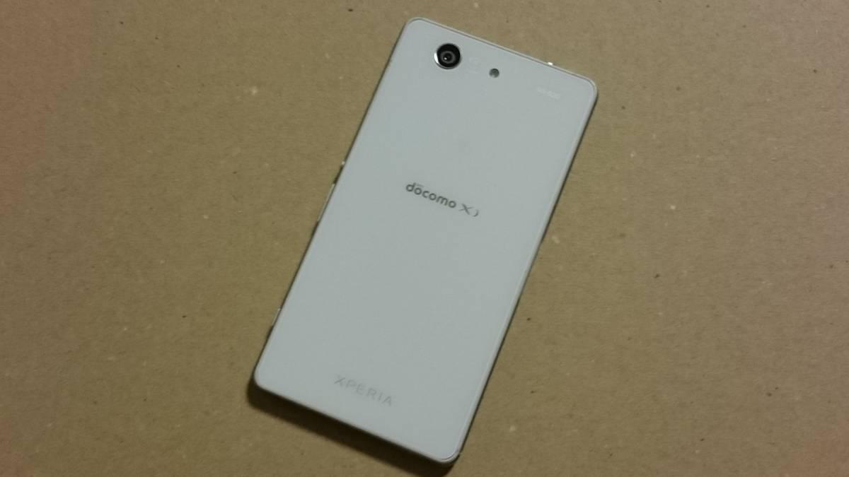 中古品 docomo SONY XPERIA Z3 Compact SO-02G White(白) 白ロム ネットワーク利用制限○_画像2