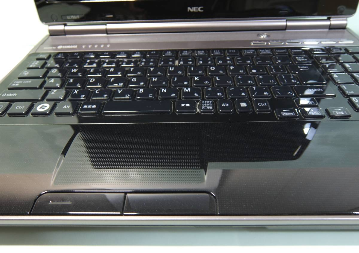 美品!SSD480GB/メモリ8G搭載!! NEC LaVie 【LL750/F】 ★Core i7-2670QM 2.2GHz(最大3.1GHz)/ブルーレイ/Win10HOME★_画像3