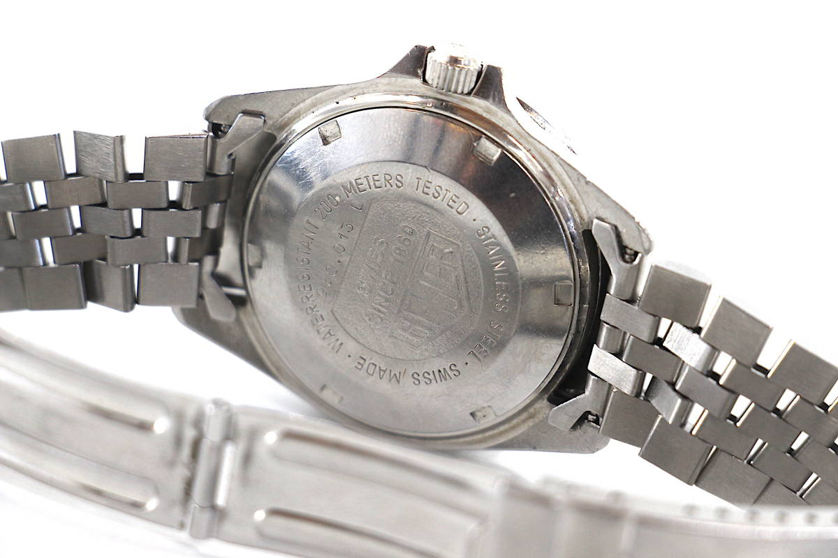 【超希少 旧ロゴ】TAG HEUER 1000 QUARTZ 200m クオーツ プロフェッショナル 腕時計 タグホイヤー レトロホイヤー サブマリーナ ビンテージ_画像6